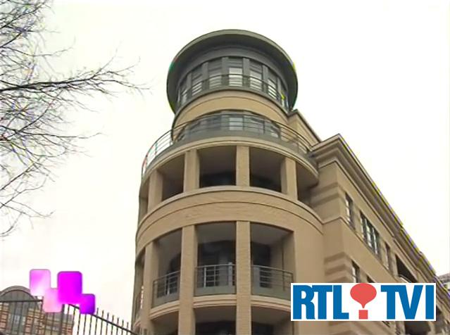 TV report 2006 near the european parliament