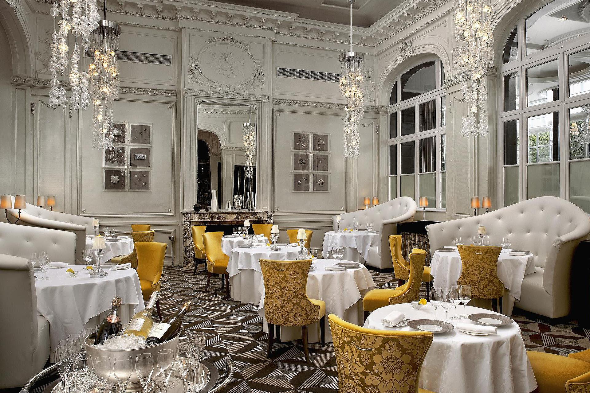 Restaurant decor - Marcotte Style