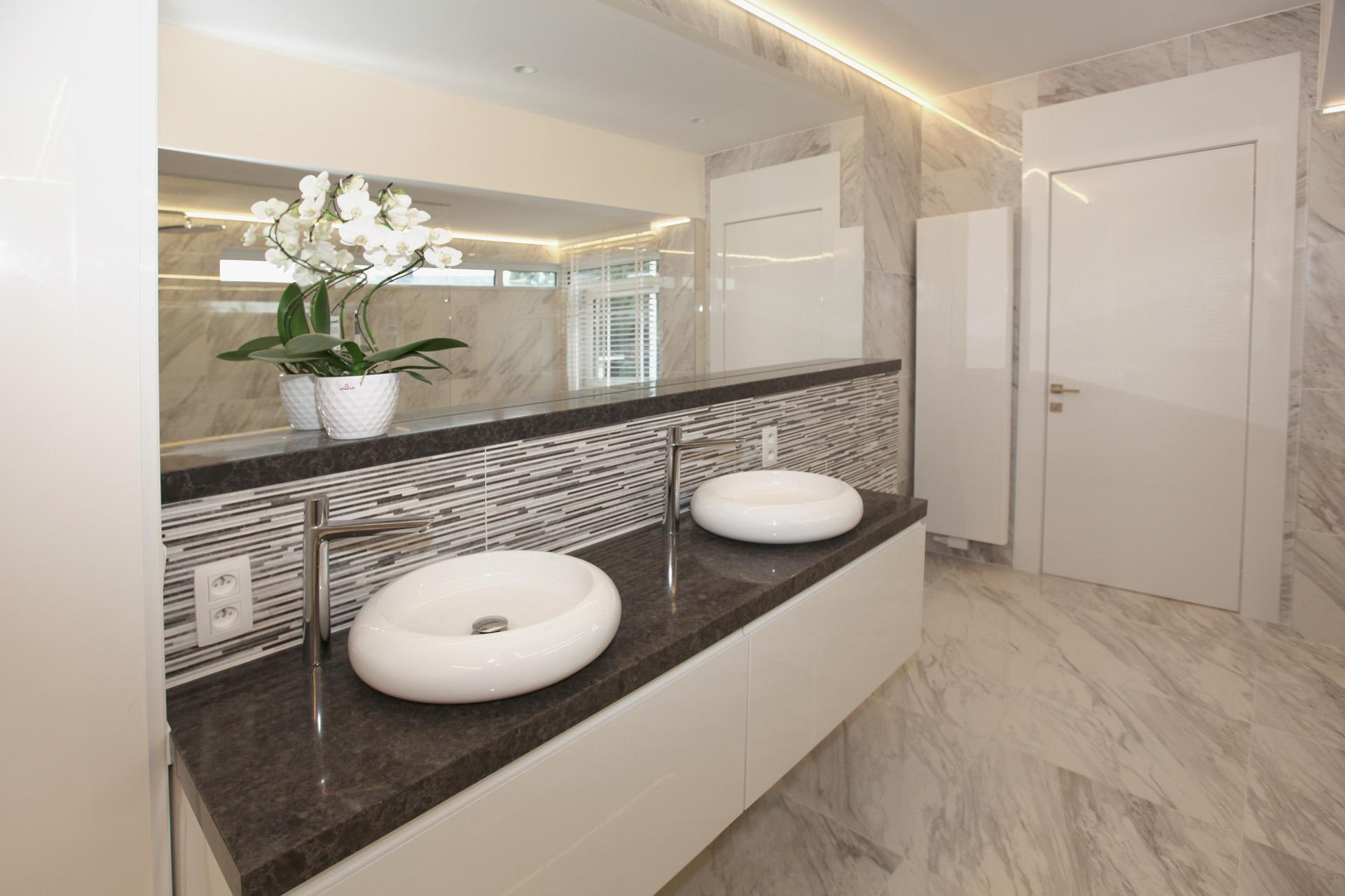 Sanitär - Marcotte Style